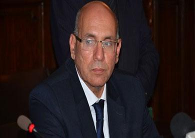 الرقابة الإدارية: القبض على وزير الزراعة المستقيل