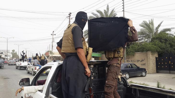مصر تؤكد أهمية الحفاظ على الدولة العراقية ووحدتها.. وعودة 254 عاملا مصريا من أربيل